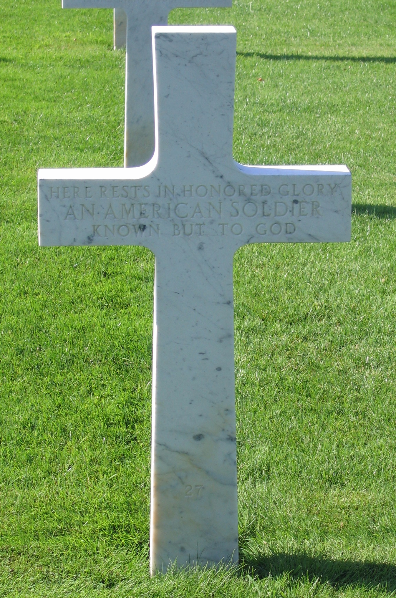 Seringes et Nesles Oise Aisne American Cemetery Unknown Soldier resized
